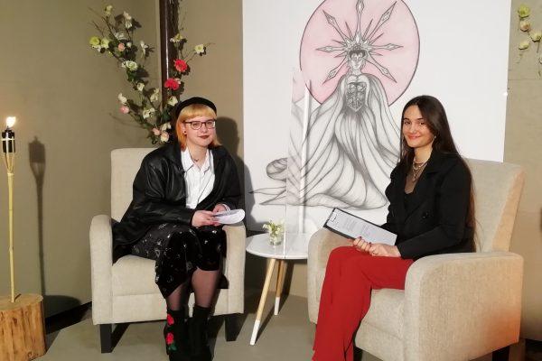Ulična razstava Kristine Klemenčič: Staroverec, ne pogan