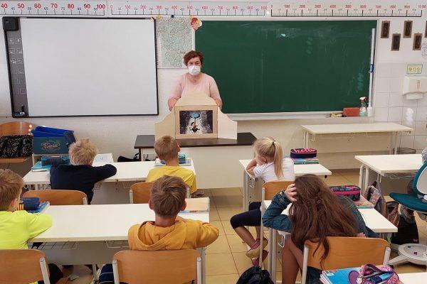 Jurčičevi kamišibaji ob zaključku bralne značke v osnovnih šolah